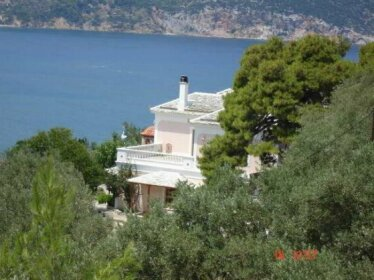 Evagelia Villas and Apartments