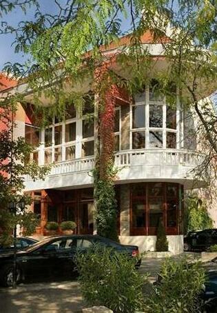 Golden Ball Club Wellness Hotel & Spa