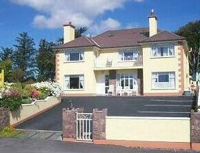 The Connaught Bed & Breakfast Salthill Galway