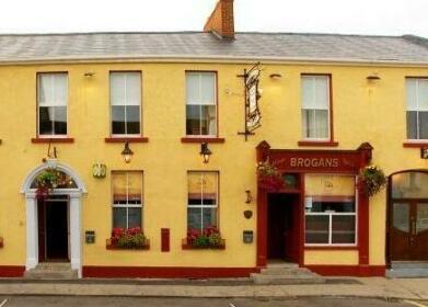 Brogans Bar & Guesthouse