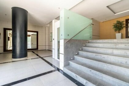 Great 2 Bedroom Apartment With Jacuzzi And Parking