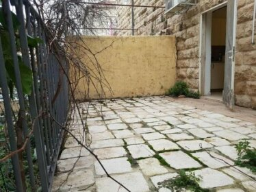 One bedroom apartment in nachlaot jerusalem