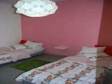 Vacazon Apartment - Hausner Street