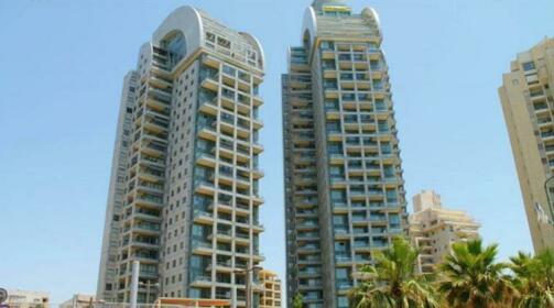 V Netanii apartments