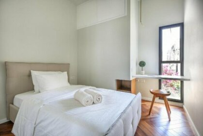 Luxury 3Bedrooms Brand new apt near Hilton Hotel
