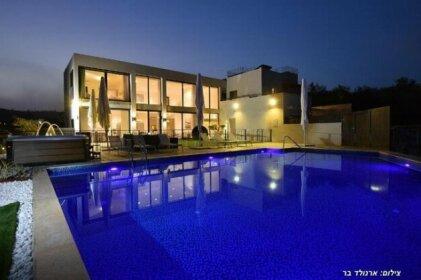 Villa J Tiberias