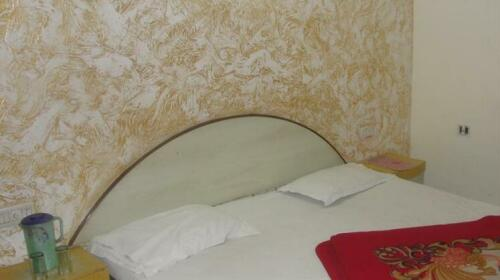 Hotel D R Residency