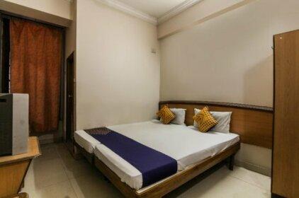 SPOT ON 69484 Hotel Rk Residency