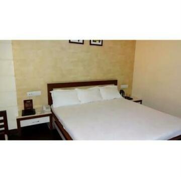 Vista Rooms At Bhavarkaun