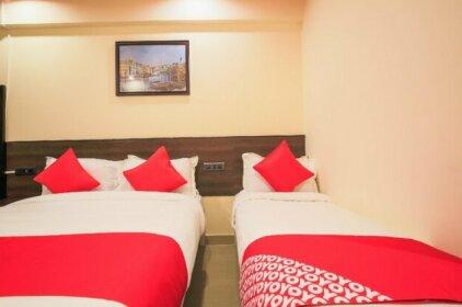 OYO Flagship 39564 Shiv Hotel