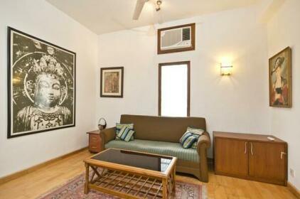 Service Studio 1BR apartment in Delhi 1