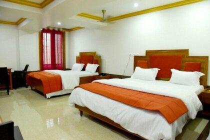 Hotel Chembiyan