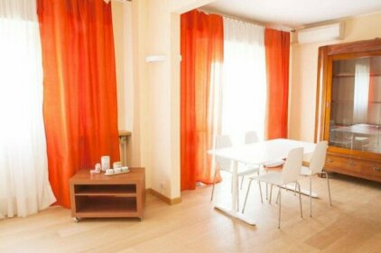 Alessia's Flat - Bright and Spacious