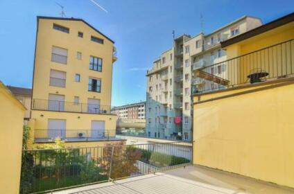Candoglia Halldis Apartments Milan