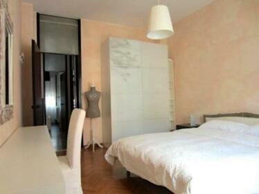 Temporary House - Milan Lorenteggio
