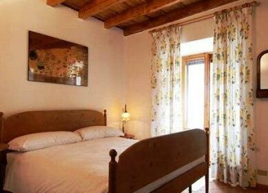 Torricelli Halldis Apartment