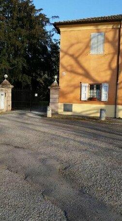 Al cancello