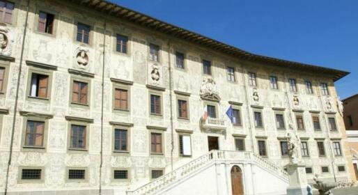 Pisa Lodge B&B Hostel