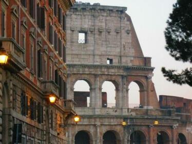 Colosseum Street