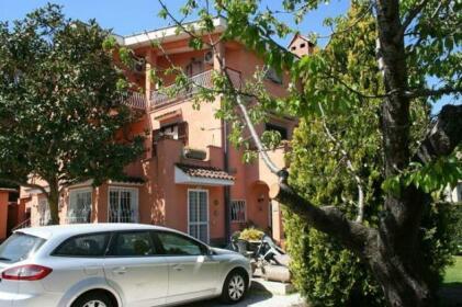 Helen's House Rome