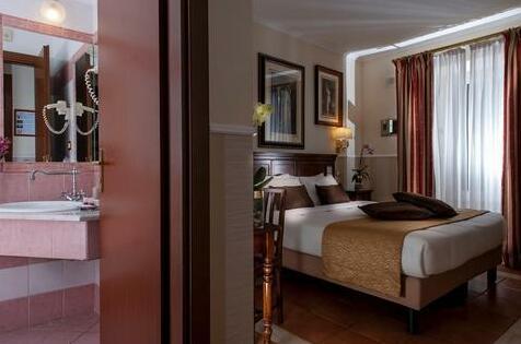 Hotel des Artistes- Photo5