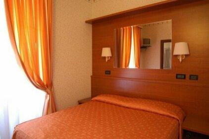 Hotel Dina