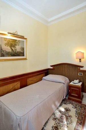 Hotel Hiberia- Photo2