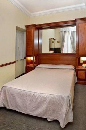 Hotel Hiberia- Photo3