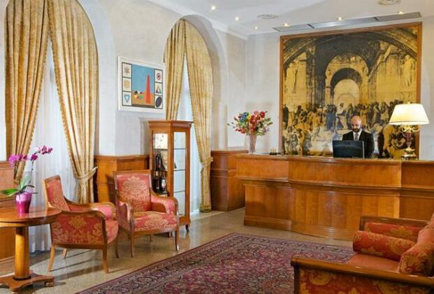 Hotel Raffaello Rome- Photo2