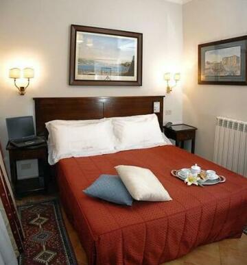 Lucci Hotel
