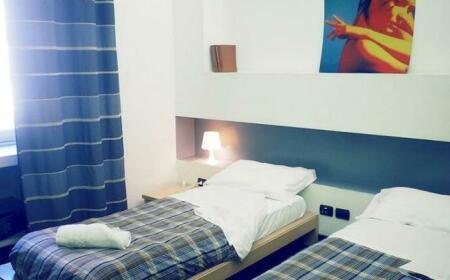 M&J Place Hostel Rome