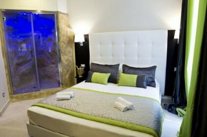 Roman Holidays Boutique Hotel
