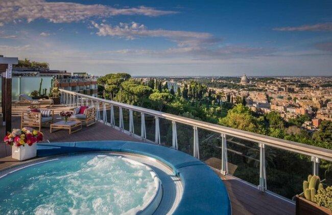 Rome Cavalieri A Waldorf Astoria Hotel- Photo3
