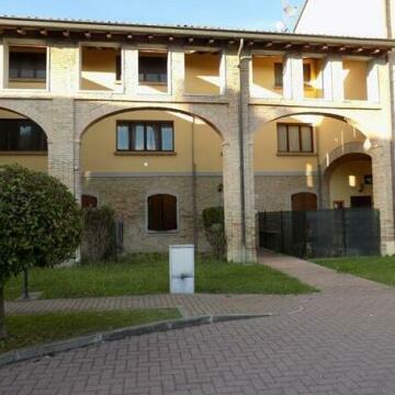 La Corte Torrile