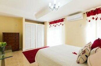 New Kingston Apartments at Kensington By The Vacation Casa