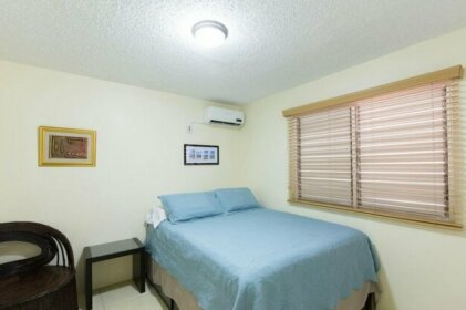 New Kingston Guest Apartment IV By The Vacation Casa