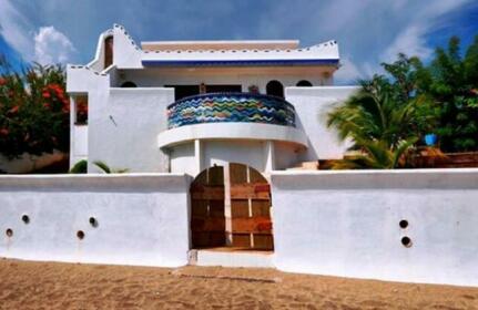 Hope House Treasure Beach