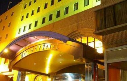 Riverside Hotel Gojo