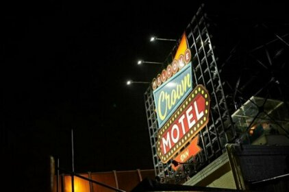 CROWN MOTEL Adult Only