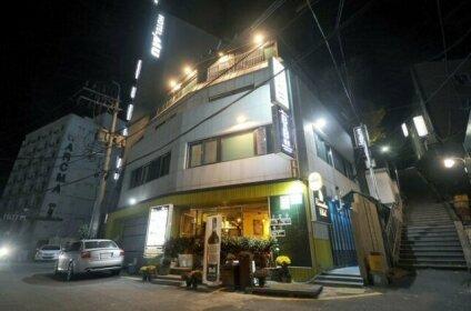 Busan BnB Pension & Family Hotel