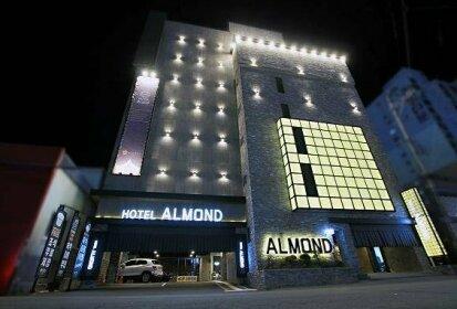 Masan Almond Hotel