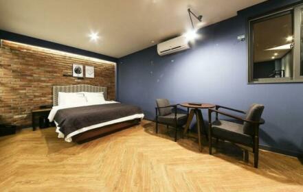 Play Hotel Changwon