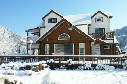 Gangneung Buyeon Valley House Pension
