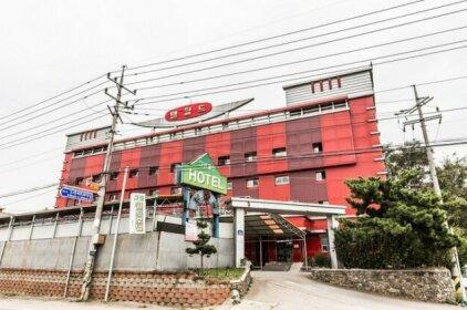 Hwaseong Green World Hotel