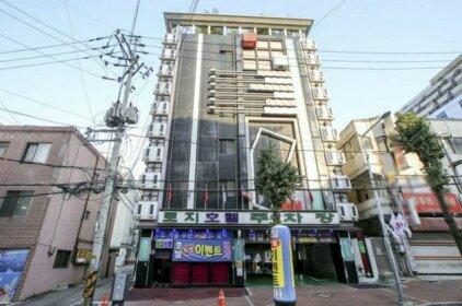 Rozy Hotel