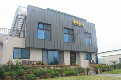 Jeju Hanttobagi Guesthouse