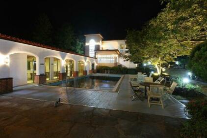 Lavenders Hotel & Resort