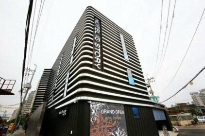Chunho Hotel Story