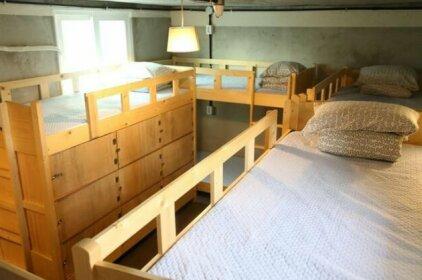 Hostel JJ
