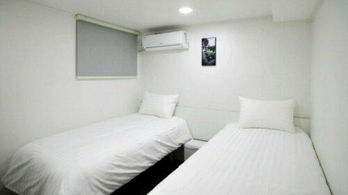 I Love Dongdaemun Hostel